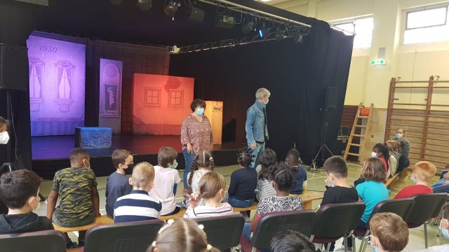 Pünktchen und Anton in der Lindenschule